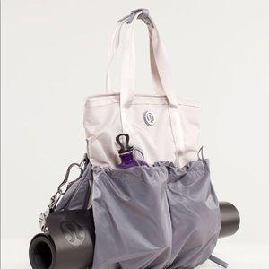 Rare lululemon flow and go limited color gym bag